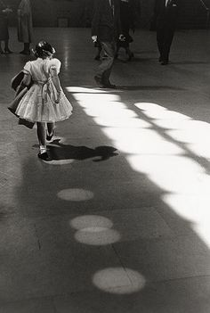 Louis Stettner. Girl Dancing in Circles, Penn Station 1958
