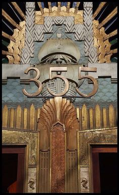 Think about details like art deco door number Marine Building, Vancouver. facade This is an exterior shot of the Marine Building in Downtown Vancouver. Displaying the Art Deco Design. Moda Art Deco, Arte Art Deco, Art Deco Era, Estilo Art Deco, Architecture Art Nouveau, Architecture Details, 1920s Architecture, Art Nouveau Arquitectura, Art Deco Door