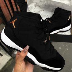 Cute Nike Shoes, Cute Sneakers, Nike Air Shoes, Shoes Sneakers, Kd Shoes, Nike Jordan Shoes, Retro Jordan Shoes, Jordan Retro 11 Black, Best Jordan Shoes