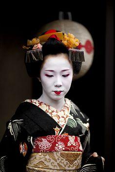 Maiko Satohina #9 by Onihide, via Flickr