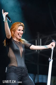 Charlotte Wessels of Delian. Chica Heavy Metal, Heavy Metal Bands, Ladies Of Metal, Metal Girl, Pop Rock, Rock And Roll, Charlotte Wessels, Women Of Rock, Symphonic Metal