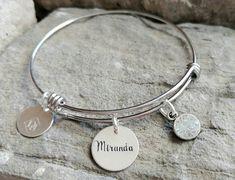 Nom de Bracelet - cadeau de demoiselle d'honneur - cadeau personnalisé - nom bijoux - cadeau de maman - Bracelet personnalisé - Bracelet demoiselle d'honneur - fille cadeau