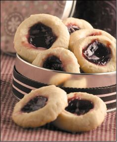 Raspberry-Almond Shortbread Cookies from Gooseberry Patch's 101 Cupcake, Cookie & Brownie Recipes.