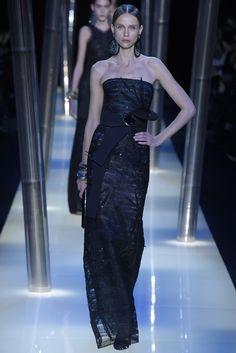 Giorgio Armani Privé Couture Spring 2015 - Slideshow #coture #fashion #spring2015