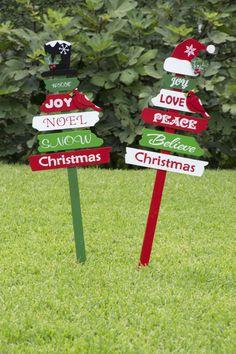Christmas Garden, Christmas Signs Wood, Rustic Christmas, Christmas Projects, Christmas Diy, Whoville Christmas Decorations, Mery Chrismas, Party, Christmas Wood Crafts