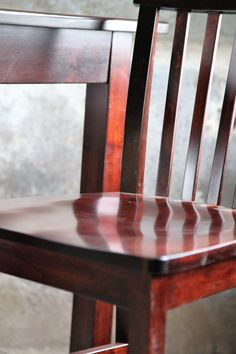 Peaceful Valley Furniture Contemporary Gathering Chair II Subtle Beauty