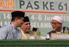 PKR usaha pujuk PAS, tolak pakatan berasingan kata Azmin - http://malaysianreview.com/150837/pkr-usaha-pujuk-pas-tolak-pakatan-berasingan-kata-azmin/