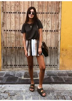 Skirt outfits for school sandals 45 best ideas Source by Outfits verano Birkenstock Outfit, Look Fashion, Fashion Outfits, Womens Fashion, Fashion Bella, Fashion Games, Travel Outfits, Vacation Outfits, Vacation Travel