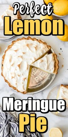 Want to make a Perfect Lemon Meringue Pie? Let us help you this great recipe and some tips and tricks! Lemon Recipes, Tart Recipes, Sweet Recipes, Classic Desserts, Fun Desserts, Delicious Desserts, Dessert Ideas, Empanadas, Trifle Pudding