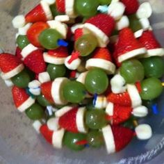Adorably Healthy Christmas Snack for Kids... The Grinch!