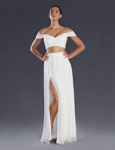 Looking for ball gowns or evening wear floor length dresses? Look no further than the ball gown selection from Legends Bridal. Ivory Dresses, Ball Dresses, Bridal Dresses, Formal Dresses, Two Piece Gown, Two Piece Skirt Set, Ball Gowns Perth, White Two Piece, Sexy Gown