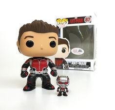 Marvel: Ant-Man Unmasked (Marvel Collector Corps Exclusive) with Funko's smallest bobblehead Figurines D'action, Pop Figurine, Funk Pop, Funko Pop Marvel, Funko Figures, Vinyl Figures, Action Figures, Ty Peluche, Funko Pop Dolls