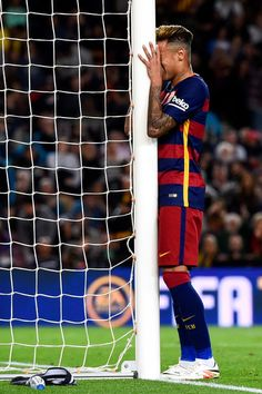 Neymar of FC Barcelona reacts after missing a chance to score during the La Liga match between FC Barcelona and Valencia CF at Camp Nou on April 17, 2016 in Barcelona