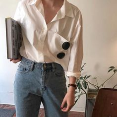 The Most Popular Genious Street Style Ideas To Try Right Now Very Cute Summer Outfit. This Would Look Good Paired With Any Shoes. The Best of summer fashion in Hipster Vintage, Style Hipster, Mode Vintage, Vintage Wear, Retro Vintage Fashion, Retro Style Fashion, Trendy Style, Look Fashion, 90s Fashion