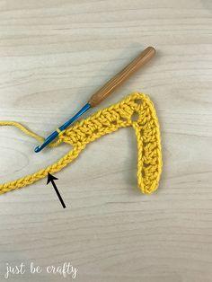 Crochet Granny Ripple Tutorial - Free Crochet Pattern by Just Be Crafty Granny Square Crochet Pattern, Crochet Stitches Patterns, Crochet Motif, Crochet Designs, Free Crochet, Crochet Granny, Knit Crochet, Crochet Wreath, Crochet Mask