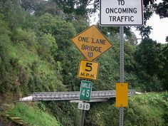 """Should You Drive the """"Back Side"""" of the Road to Hana? - Go Visit Hawaii"""