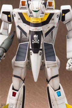 Macross Valkyrie, Robotech Macross, Tsuyu Boku No Hero, Macross Anime, Plastic Models, Geek Stuff, Japanese, Robots, Cartoons