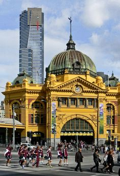 Discover the beauty and obsessive food and coffee culture of Melbourne over a detailed itinerary. The second largest city in Australia, you're in for a…More Australia Turism В нашем блоге гораздо больше информа Melbourne Victoria, Victoria Australia, Sydney Australia, Iphone Australia, Western Australia, Brisbane, Perth, Tasmania, Melbourne Travel