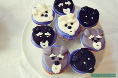 Schnauzer Cupcakes by Melissa Heard Miniature Schnauzer Miniature Schnauzer Puppies, Schnauzer Puppy, Schnauzers, Cupcakes By Melissa, Really Cute Puppies, Animal Cupcakes, Silly Dogs, Cupcake Heaven, Most Popular Dog Breeds