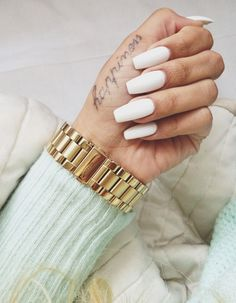 Getting your nails done at a salon can give you gorgeous looking nails. You can find just about any type of nail art design for Gorgeous Nails, Love Nails, How To Do Nails, Pretty Nails, My Nails, Stiletto Nails, Coffin Nails, Acrylic Nails, Nail Games