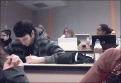 Si te aburres en clase lo puedes intentar