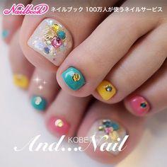 Pretty Toe Nails, Cute Toe Nails, Cute Acrylic Nails, Pedicure Nail Art, Toe Nail Art, Toenail Art Designs, Cute Pedicure Designs, Painted Toe Nails, Rainbow Nail Art