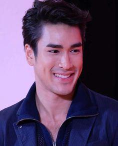 Nadech Kugimiya Asian Men, Asian Guys, Adopting A Child, Thai Model, Cute Boys, Handsome, Mens Fashion, Actors, Couples