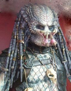 Predator i heart you, lol:) Fantasy Movies, Sci Fi Movies, Sci Fi Fantasy, Predator Movie, Alien Vs Predator, Classic Horror Movies, Horror Films, Predator Costume, Les Aliens