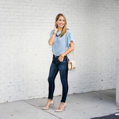Love the accessories and everything about this casual blue topped fit'