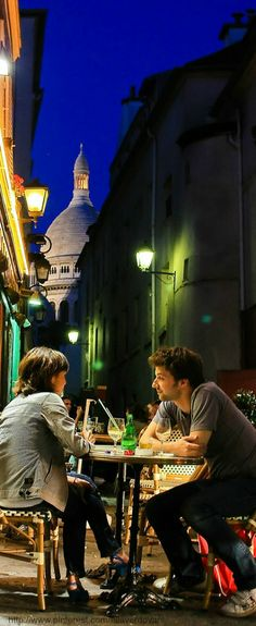 ~Montmartre Cafe Paris  | The House of Beccaria#