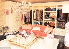 Rosie Huntington-Whiteley mostra la sua 'casa-armadio' | Gossippando.it