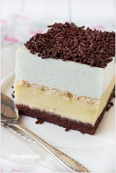 - sorrow tablespoons-cocoa teaspoon baking powder pinch of sal Sweet Desserts, No Bake Desserts, Sweet Recipes, Delicious Desserts, Cake Recipes, Dessert Recipes, Polish Desserts, Polish Recipes, Cake Bars
