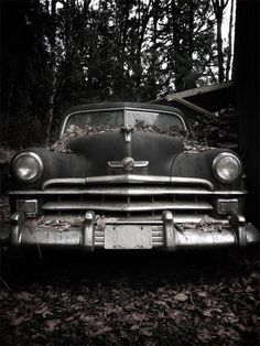 Take Care Of Your Car And Make It Last. Photo by Rob Ellis' When handling auto repairs, you may feel overwhelmed and lost. If this is your case, you need to learn more about auto repairs. Dark Autumn, Hobgoblin, Southern Gothic, Season Of The Witch, Sombre, Abandoned Places, Old Cars, Autumn Leaves, Autumn Harvest