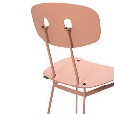 Bent dining chair blush - Tristan Frencken Dutch Design