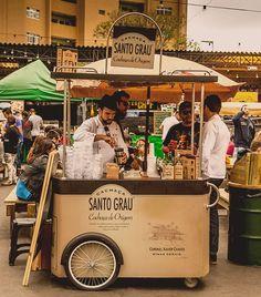 Source by stefanbielefeld… Food Cart Design, Food Truck Design, Cafe Design, Prosecco Van, Mobile Food Cart, Mobile Coffee Shop, Bike Food, Mobile Cafe, Food Kiosk