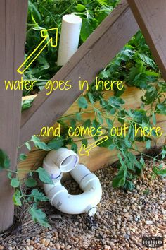 DIY how to build your own wicking raised garden bed tutorial in one weekend. Easy step by step instructions with pictures and further resources! www.ahotsouthernmess.com