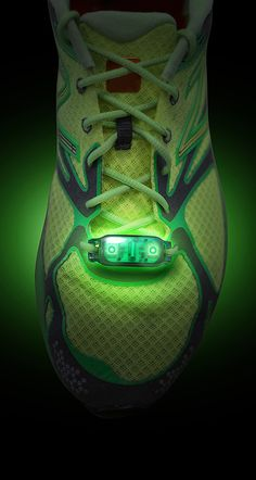 Sneaker laces light // safety gear for runners - smart idea! #product_design