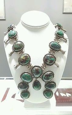 Sterling-Native-American-Parrot-Wing-Turquoise-Navajo-Squash-Blossom-Necklace