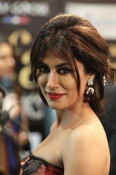 I am bias towards Chitrangada Singh because its tough to maintain all of that after having babies and she looks stunning! But just one lil thing Mrs. Singh, those lenses are making your eyes pop-OUT! Bollywood Girls, Bollywood Actress Hot, Beautiful Bollywood Actress, Indian Bollywood, Bollywood Celebrities, Beautiful Actresses, Beautiful Girl Indian, Most Beautiful Indian Actress, Gorgeous Women