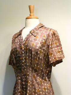 Vintage 1940s Shirtwaist / Chocolate & Caramel Truffle Dress. via Etsy.