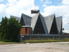 Wexford Presbyterian Church Manhattan Park, Scarborough Ontario, Ontario City, Anglican Church, Toronto Life, Catholic School, Best Places To Live, New City, Place Of Worship