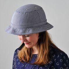 Yakkay Tokyo Blue Stripes Helmet