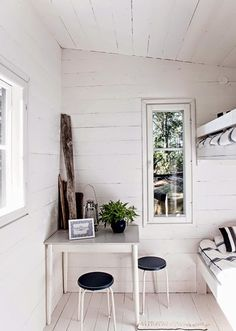 my scandinavian home: A beautiful pared-back Finnish cabin Scandinavian House, Scandinavian Interior, Small Space Living, Small Spaces, Summer House Interiors, White Cottage, Ship Lap Walls, Minimalist Interior, Cottage Homes