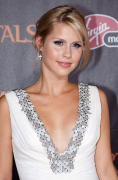 claire holt | Claire Holt at Immortals Premiere in Los Angeles - HawtCelebs