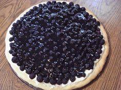 The Creative Home: Black Raspberry Pizza
