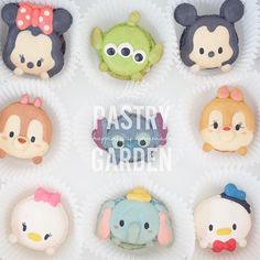 For more information please line : @pastrygarden (มี@ด้วยคะ) or Tel : 0985536262 #pastrygardenbkk #fondantcake #cake #sugarcraft #cute #wedding #partyidea #fondant #beautiful #lovely #cupcake