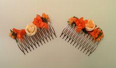 Modelo Averna. Y como estoy de aniversario, no hay mejor ocasión para estrenar los nuevos peines. A juego de mis sandalias ;-).  #peinado #peines #plateado #lamoradadenoa #marfil #frutos #rosas #orquídea #moda #mujer #boda #complementos #invitada #fiesta #evento #aniversario #naranja