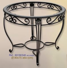 Mesa de forja circular de 90cm de diámetro.  #mesa, #forja, #hierro, #forjado… Wrought Iron Chairs, Wrought Iron Decor, Iron Furniture, Steel Furniture, Steel Art, Iron Steel, Iron Table, Iron Art, Iron Doors