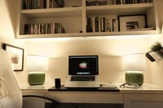 http://simpledesks.net/post/27041155222/submission-from-desipundit-working-with-the