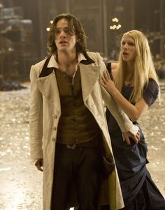 Still of Claire Danes and Charlie Cox in Stardust